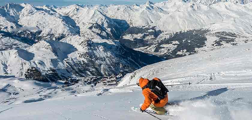 france_paradiski-ski_les-arcs_skier1.jpg